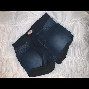 Cute jean shorts size Medium
